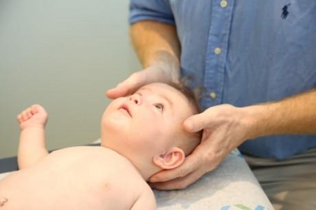 אוסטיאופתיה אצל ילודים ותינוקות
